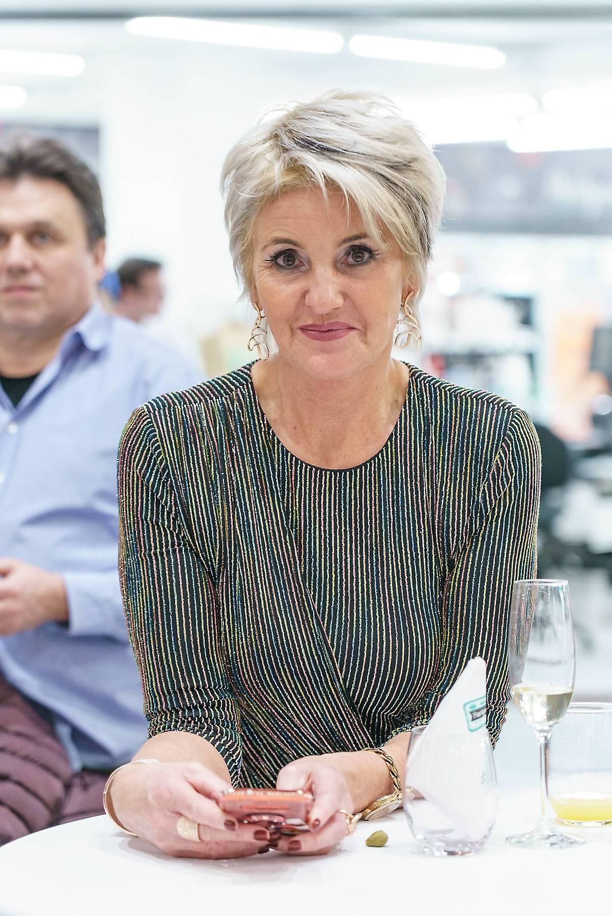 Karin Karrer